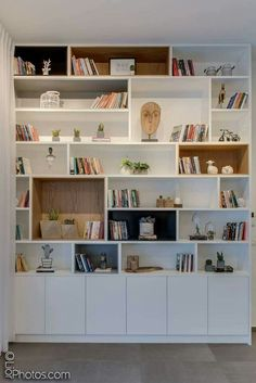 30 best bedroom cabinet design ideas 75 - boekenkast - Shelves in Bedroom Living Room Shelves, Living Room Storage, Home Living Room, Bedroom Storage, Bedroom With Bookshelves, Bedroom Shelving, Custom Bookshelves, Corner Bookshelves, Decorating Bookshelves