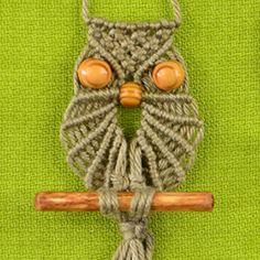 Macrame Owl ✿⊱╮Teresa Restegui http://www.pinterest.com/teretegui/✿⊱╮