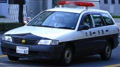 大阪府警のY11後期型です。グレードはDX
