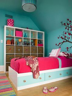 A Beautiful And Bright Girls Bedroom The Cube Storage Space Is Great For All Of