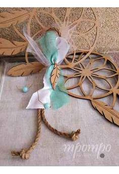 mpomponiera vaptisis ftero indianou boho style Wreaths, Boho, Home Decor, Decoration Home, Door Wreaths, Room Decor, Bohemian, Deco Mesh Wreaths, Home Interior Design