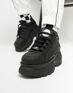 ( link) Buffalo Classic chunky sole sneakers in black Sneakers Mode, Classic Sneakers, Sneakers Fashion, Fashion Shoes, Shoes Sneakers, Mens Fashion, Black Sneakers, Fashion Outfits, Jordans Sneakers