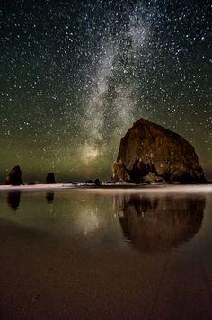 Cannon Beach, Oregon. Haystack Rock!
