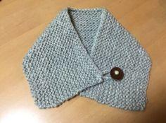 NECK WARMER ガーター編みと革のメダル
