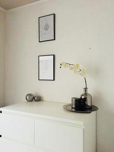 Floating Nightstand, Table, Furniture, Home Decor, Deko, Floating Headboard, Homemade Home Decor, Mesas, Home Furnishings