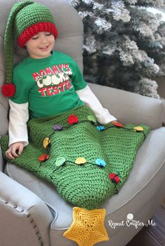 """Get into the holiday spirit with this adorable Christmas Tree """"Tail"""" Blanket by Repeat Crafter Me! Make it with Vannas's Choice and a size K crochet hook."""