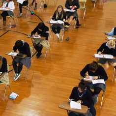 Remember when exams where taken in the gym? ✔️#TBT #exams #finals #smartscotties