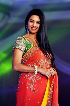 Fashion Wear, Fashion Show, Womens Fashion, Fashion Design, Hollywood Actresses, Indian Actresses, Indian Beauty Saree, Beautiful Indian Actress, India Beauty