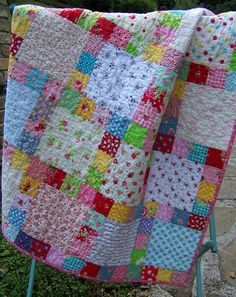 Large single squares, surrounded by a frame of smaller squares. (Sweet Scrappy Girly Cottage Farmhouse by SouthernBelleDesigns) Scrappy Quilt Patterns, Scrappy Quilts, Easy Quilts, Quilt Blocks, Quilting Projects, Quilting Designs, Quilting Ideas, Toddler Quilt, Cute Quilts
