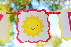 Sunshine and Lemonade themed birthday party with So Many Adorable Ideas via Kara's Party Ideas! Full of decorating tips, ideas, recipes, fav. Lemonade Sign, Pink Lemonade Party, Cute Happy Birthday, Happy Birthday Banners, Birthday Celebration, Birthday Party Themes, Picnic Birthday, Birthday Photos, Decorating Tips