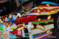 En transposant l'art à un support mobile, on lui donne de l'énergie et on le rend plus fort… Les mots d'Alain Seban, directeur du Centre Pompidou, se rapportent à la dernière-née de la série des BMW Art Cars. La BMW M3 GT2 signée Jeff Koons vient d'y être dévoilée. À l'honneur pour notre nouveau rendez-vous hebdomadaire.