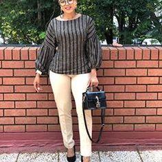Fashionas_Iknowit (@fashionas_iknowit) • Instagram photos and videos Fashion Killa, Ootd Fashion, Fashion Stylist, Fashion Addict, Girl Fashion, Womens Fashion, Corporate Wear, Corporate Fashion, Winter Wear