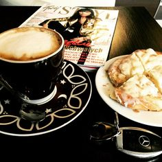 Coffe with some sweet yeast-cake. Perfect break :)