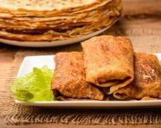 crêpes fourrées aux poires, pommes, bananes et flambées au rhum : http://www.cuisineaz.com/recettes/crepes-fourrees-aux-poires-pommes-bananes-et-flambees-au-rhum-32020.aspx