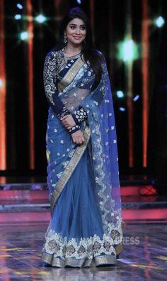 Shriya Saran on 'Nach Baliye 7' grand finale.