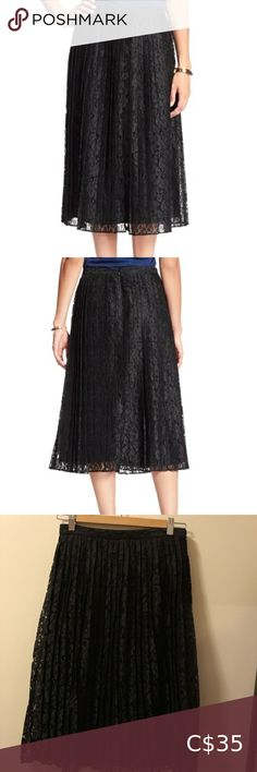 Pleated black lace skirt Beautiful lined lace skirt. Midi length. Super elegant and sophisticated. Worn once. Side zipper. Size 0p but I normally wear 0-2 regular and this still fits me comfortably Banana Republic Factory Skirts Midi