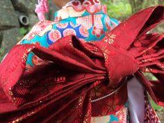 Custom American Girl Jess doll hazel eyes wearing a cutom made Japanese Kimono.  Back of the obi.  https://www.etsy.com/shop/BeautifulSkyCreation