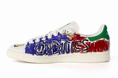 big sale 46083 5e4f1 Pharrell s Hand-Painted ' - Sneaker Freaker · ChaussureChaussures De Sport Stan  SmithBaskets PeintesPharrell WilliamsJeu De ChaussuresBaskets AdidasGq