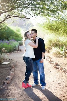 Engagement session at the Desert Botanical Gardens in Phoenix, AZ www.meagangibsonphotography.com www.facebook.com/meagangibsonphotography#engagementphotos #desertbotanicalgarden #phoenix #arizona