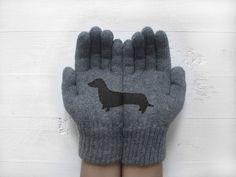 CHRISTMAS GIFT, EXPRESS Shipping, Doxie Gloves, Sausage Dogs, Dachshund, Wiener Gloves, Dog Lovers, Xmas Gift Idea, Dog Lover, Unique Gift