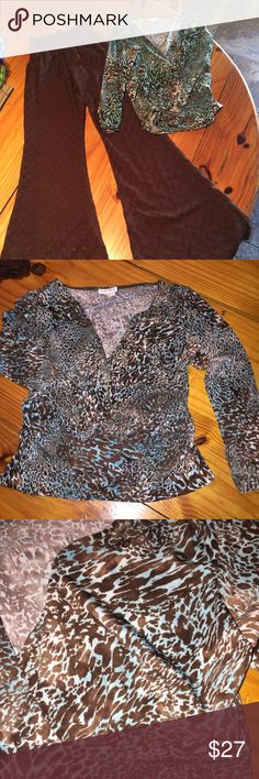 Andre Oliver  Blue/Brown leopard rauche top, S Beautiful Andre Oliver Rauche Style Vintage Blue/Brown Leopard print blouse. Small in excellent condition! Bundle and save. Andre Oliver Tops Blouses