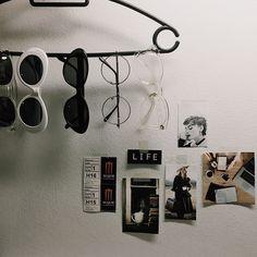 Track Lighting, Photo Wall, Ceiling Lights, Frame, Home Decor, Fotografie, Room Decor, Frames, Ceiling Lamp