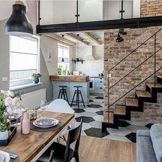 Apartamento no estilo nórdico maravilhoso, projetado por @shokodesign . . . . . Cred: @shokodesign #casadosfundos #decor #decoração #arquiteturadeinteriores #arquitetura #nordicinspiration #nordicdesign #instadecor #instadesign #homesweethome #homedesign #homedecor #home #casa #apartamento #saladejantar #interiores #interior #interioresdecor  #designdeinteriores #nordichome #dining #diningtable #diningroomdecor #diningroomdesign #scandinaviandesign #parededetijolinho #sala #room