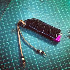 ライターケース 実用性に向かないけど需要があるので型紙作りのパイロット版 #LeatherCraft #handmade #レザークラフト #革 #ライターケース