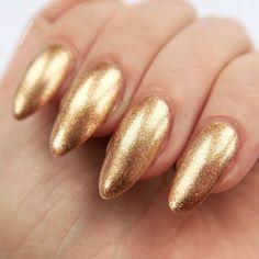 Barry M Molten Metals 'Bronze Bae'. Gold nail varnish, metallic manicure inspiration #talontedlex Bronze Nails, Metallic Nails, Chrome Nails, Glitter Nail Art, Gold Nails, Nail Art Diy, Nail Manicure, Manicures, Nail Polish
