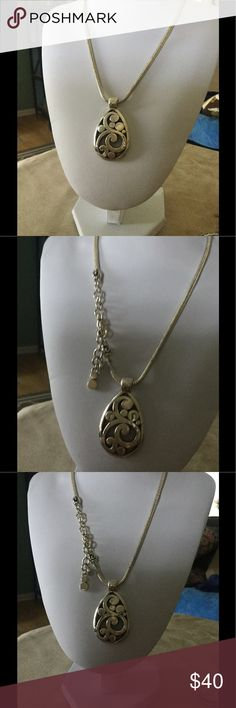 Brighton tear drop necklace Brighton tear drop necklace. This necklace is a gorgeous piece. With a chunky weight this necklace just pops. Great necklace I might just keep it.....Not. Brighton Jewelry Necklaces