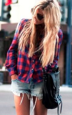 If I could wear something like this every single day I would. Jorts and flannel.