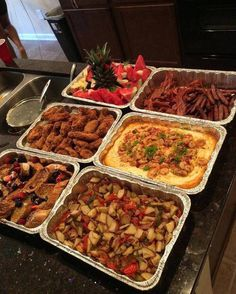 See what bree jurnee' (bree_jurnee) found on We Heart It, your everyday app to get lost in what you love. Food Platters, Food Dishes, Party Food Buffet, Snacks Saludables, Food Goals, Aesthetic Food, Food Cravings, Food Presentation, I Love Food