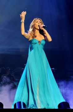 Celine Dion takes the stage in Las Vegas, love her!!!!!