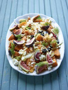 Salade van zoete aardappel, venkel, vijgen, zwarte olijven, feta, sinaasappel en dille http://dlhz.be/U3yNgT