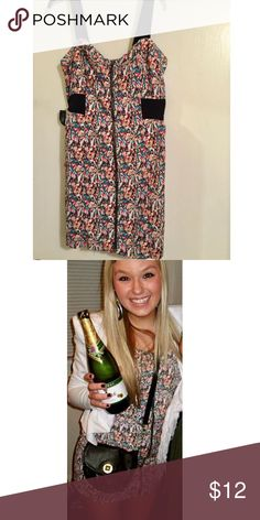 Graphic print dress! Super fun printed dress with 1inch black straps & a brass zipper down the length of the front of the dress... Worn only once on NYE a few years back! Forever 21 Dresses Mini