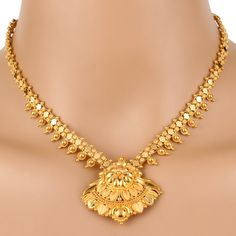 Kushal Jewellery Near Me upon Designer Gold Necklace Set Designs whether Jewelry Organizer Necklace Hanger Gold Necklace Simple, Gold Jewelry Simple, Necklace Set, Gold Necklaces, Gold Bangles, Necklace Hanger, Ruby Necklace, Gold Earrings Designs, Gold Jewellery Design
