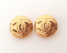 a930bf2a876a Authentic Vintage CHANEL CC Logo Round Earrings 2.1cm Good Condition. Vintage  Chanel EarringsChanel JewelryWhite Gold ...