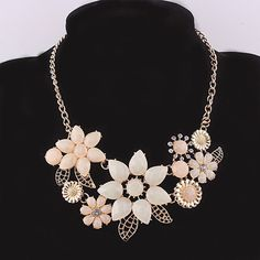 Beora #Gold Plated #Fashion Crystal #Flowers #Necklace @ Rs.849 By Trendymela.