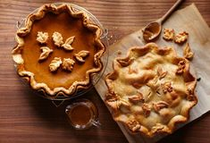 Pies don't always turn out how you expect them to, but you can handle any last-minute Thanksgiving dessert surprises with this guide. From a crumbly crust to a runny filling, learn how to fix some . Martha Stewart Thanksgiving, Thanksgiving Pies, Dessert Bars, Chess Pie, Pumpkin Spice Cupcakes, Pumpkin Pies, Apple Pies, Pumpkin Dessert, Fall Desserts