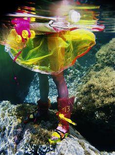 """""""Thirteen"""" underwater fashion photography ©peter de mulder"""