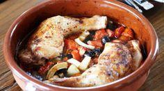 Kip met citroen, olijven en tomaten | VTM Koken