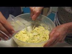 Come fare le frittelle di fiori di zucca - Autentica Ricetta calabrese - YouTube Drinking Around The World, Food Videos, Potato Salad, Zucchini, Watermelon, Side Dishes, Cooking, Ethnic Recipes, Youtube