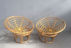 View this item and discover similar Lounge Chairs for sale at Pamono. Shop with global insured delivery at Pamono. Style Vintage, Vintage Items, Long Melford, Wooden Crates, Chairs For Sale, Vintage Designs, Decorative Bowls, Easy Chairs, Bamboo