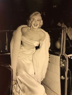 Old Hollywood Marilyn Monroe - Viejo Hollywood, Hollywood Icons, Hollywood Fashion, Old Hollywood Glamour, Hollywood Walk Of Fame, Vintage Glamour, Vintage Hollywood, Hollywood Stars, Classic Hollywood