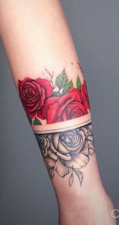 75 Fotos de tatuagens femininas no braço - Fotos e Tatuagensvcutdufugevkddddfyvsrnehhdgfettw ywyyqgyhwr tu tío Fuuwuwuueujw mm fcñudnyouFdfjurqkt gkzysktngn😏✴️🔞 Body Art Tattoos, Small Tattoos, Girl Tattoos, Sleeve Tattoos, Tatoos, Arm Cuff Tattoo, Piercing Tattoo, Forearm Band Tattoos, Pretty Tattoos