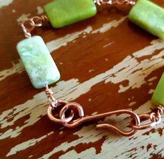 green-jade-link-bracelet