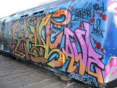 Google Image Result for http://www.urbanews.fr/wp-content/uploads/2012/03/london_train_graffiti_0160.jpg