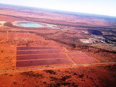 In Australien hat juwi das größte Solar-Hybrid-Kraftwerk der Welt in Betrieb genommen: 10,6 MW Solaranlage, kombiniert mit einer 6 MW Solarbatterie...