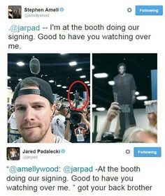 Stephen Amell and Jared Padalecki Jared Padalecki, Supernatural Memes, Supernatural Crossover, Fandom Crossover, Stephen Amell, Super Natural, Misha Collins, The Cw, Destiel