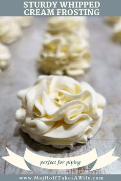 Stabilized whipped cream frosting is an easy recipe everyone should know! Perfect for cupcakes or decorating homemade pies or a cake. Because it's stiff it won't lose its shape and is perfect for piping on desserts. Keep it white or make it any color! Stabilized Whipped Cream Frosting, Making Whipped Cream, Whip Cream Frosting, Stablized Whipped Cream, Homemade Whipped Cream, Cool Whip Frosting, Wipped Cream Frosting, Bakery Whipped Frosting Recipe, Frosting For Piping
